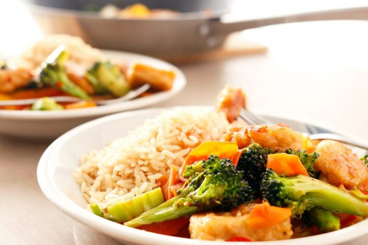 Easy vegan wok with a hint of citrus